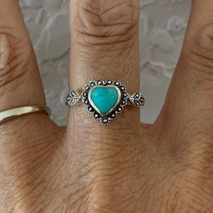 Jewelry - Sterling Silver Victorian Heart Turquoise Ring